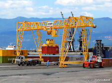Kibri H0 38530 - DEMAG Containerkran   Bausatz Neuware