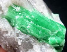 153g GEM Beryl/Emerald crystal minerals specimens China!