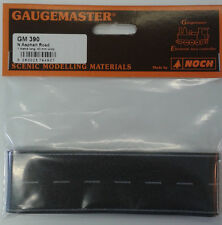 N 40mm Wide Self Adhesive Tarmac Road (1m) – Gaugemaster GM390 – free post