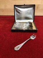 12 fourchettes à gateaux metal argente LXV Ercuis (pastry forks)