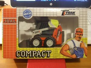 JOAL 150 Scat Trak 1300D Wheeled Loader in 1:32 scale, new in box