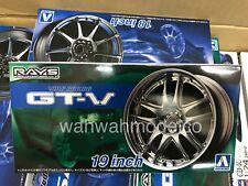 Aoshima 54628 Tuned Parts 71 Volk Racing Gt-V 19inch Tire & Wheel Set