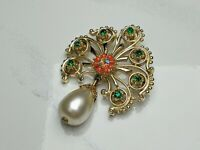 Lovely Vintage Jewellery Gold-tone Faux Emerald and Coral Brooch Pendant
