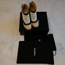 Chanel boots bottines