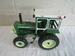ERTL FARM TRACTOR 1/16 SCALE OLIVER DIESEL 1950-5 WIDE FRONT GREEN