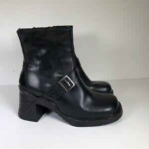 Vintage Pod Square Toe Platform Boots Chunky Block Heel 90s Y2K Buckle 6