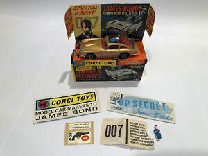 Corgi Toys 261 James Bond Aston Martin Boxed & Complete – ALL ORIGINAL