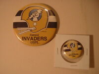 1982 Oakland Invaders USFL Football Pinbacks