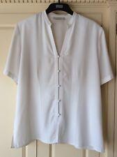 Ann Harvey Ivory coloured V-neck Short Sleeve  Blouse Size 18
