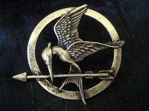 Hunger Games Mockingjay Vintage Gold Pin Brooch