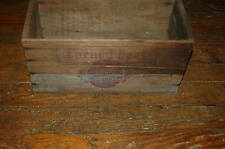 VINTAGE SWIFT'S PREMIUM CORNED BEEF WOODEN CRATE/BOX - ARGENTINA - UNIQUE