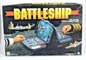 Hasbro/Milton Bradley - Battleship Naval Combat Game 1998 Edition (Portable)