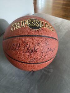 "Walt ""Clyde"" Frazier Signed Basketball / NY Knicks / NBA HOF"