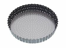 Master Class Crusty Bake Non-Stick Loose Base Fluted Tart Tin Quiche Pan, 25 cm