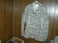 Army Combat Shirt Large Regular Coat ACU Digital Camo Paintball Hunting Prepper