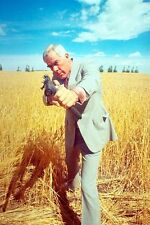 Lee Marvin 11x17 Mini Poster Prime Cut aiming machine gun in corn field classic