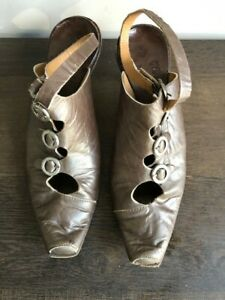 Cydwoq Vintage Ankle Strap Pewter Leather Mules Kitten Heel sz 38/7-7.5
