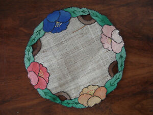 Beautiful Vintage Round Linen Scandinavian Table Top Decoration Floral patching