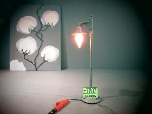 IVES PREWAR 600 GRAY SINGLE STREET LAMP ; circa 1917 WIDE GA.