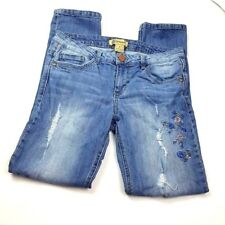 Democracy Girlfriend Womens Jeans Size 8 Embroidered Flowers Destroyed