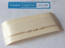 Spot on 264 Caravane reproduction crème toit en plastique