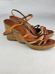 Vtg Original Famolare Hi Up Wavy Brown Wedge Sandals Heels Womens US 10/10.5
