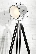 Ungewöhnliche Innenraum-Lampen aus Aluminium in aktuellem Design