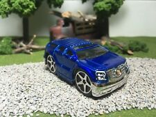 Hot Wheels CUSTOM WHEEL SWAP Blue Cadillac Escalade Blings