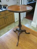 OLD ANTIQUE VICTORIAN MAHOGANY SHERATON REVIVAL TRIPOD LAMP WINE TABLE C1890
