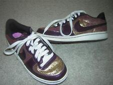 NIKE LEGEND LE Speckled Gold and Burgundy Youth Shoes Sneakers Sz 3.5Y