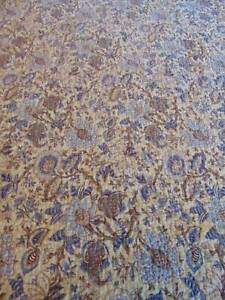 """reversible QUILTED BEDSPREAD w/2 SHAMS florals stripes blue tan cream 84"""" x 100"""""""