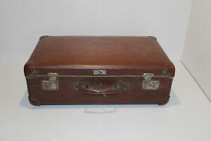 Alter Koffer Reisekoffer Vintage (K01)