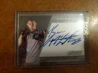 2011 Topps UFC Title Shot The Ultimate Fighter Autographs Ryan McGillivray /200