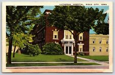 The Lutheran Hospital Building in Sioux City, Iowa Linen Postcard Unused
