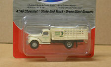 MiniMetals 30352 HO '41/46 Chev Stake Bed Truck, Green Giant Growers