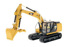 Diecast Masters CATERPILLAR 323F L EXCAVATOR with THUMB - 1:50 Scale 85924