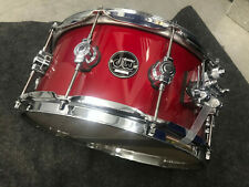 Dw Performance series 14 x 6.5 snare Candy Apple Red