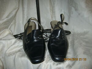 Calico Women Navy Blue Shoes 6M