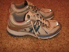 New Balance WR740WB 740 White Silver Blue Walking Shoe Womens Size 9B