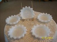 Hazel Atlas Set Of 5 Opaque White Milk Glass Swirl Center Vintage Coasters