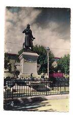aigues-mortes  statue de saint-louis