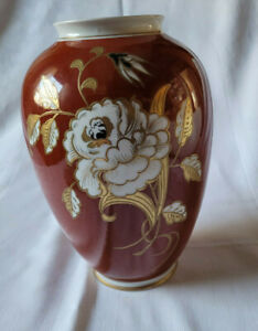 Vase, Gold Relief, Handgemalt, Wallendorf  Schaubach Kunst ? DDR Ostalgie