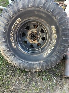 15 INCH WHEELS X2 AND TYRES 4WD  35 X 12.5 15 Nissan Patrol Gq