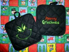 THE GRINCH Merry Grinchmas Embroidered Potholder Set of 2 Black kitchen