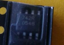 742R SO-8 SMD 0548 (NOS)