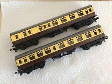 2 TRIANG TT GREAT WESTERN RAILWAY COACHES W34150 & W15772 VGC CHOC & CREAM