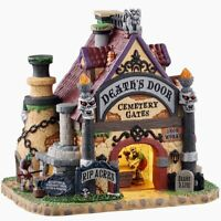 Lemax Spooky Town 2020 DEATH'S DOOR CEMETERY GATES #05614 BNIB Porcelain Lighted