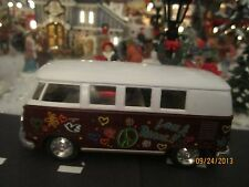 "House Village Die-Cast "" 1962 1:32 Volkswagen Bus"" plus+ Dept 56/Lemax info"