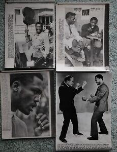 4 Different Original Vintage Boxing Photos: Joe Frazier 1971
