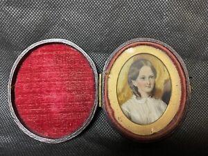 A Beautiful Georgian Miniature Portrait Of A Little Girl. Leather Case